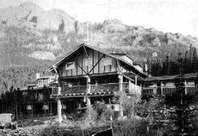 Baldpate Inn, 1917