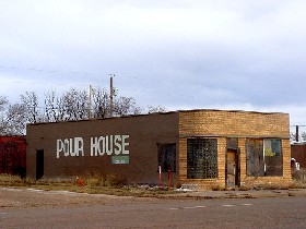 """Pour House"" in San Jon, New Mexico"