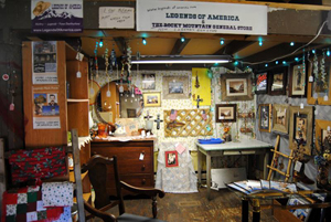 Legends' General Store Booth, Warsaw, Missouri
