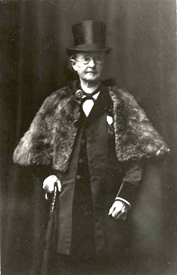 Mary Edwards Walker dressed as a man.