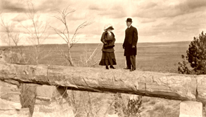 Agate Bridge, Petrified Forest, 1911