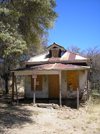 An old home in Duquesne, Arizona