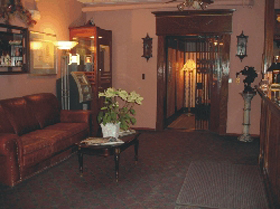Grand Hotel elevator