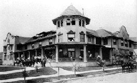The famous Hollywood Hotel opened in 1902