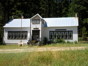 Gibbonsville Relic Museum