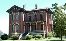 Cairo Illinois home on Washington Avenue