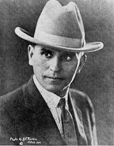 HenryStarr-TulsaOk-1919.jpg (235x300 -- 8016 bytes)