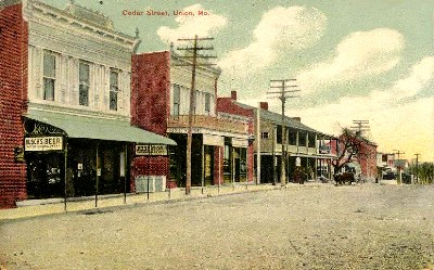 Cedar Street in Union Missouri