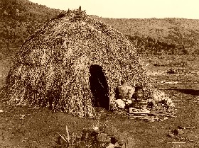 Apache Wickiup, Edward S. Curtis 1903