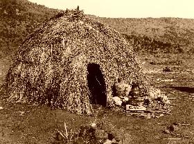 Apache Wickiup, Edward S. Curtis 1903