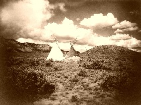 Apache Teepees in Arizona, 1907