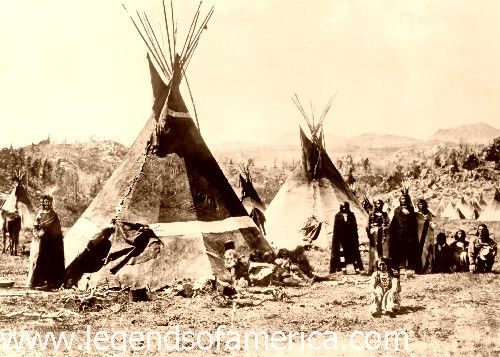 ŠOŠON (Shoshone) INDIJANCI  ShoshoneCampAround1900-500