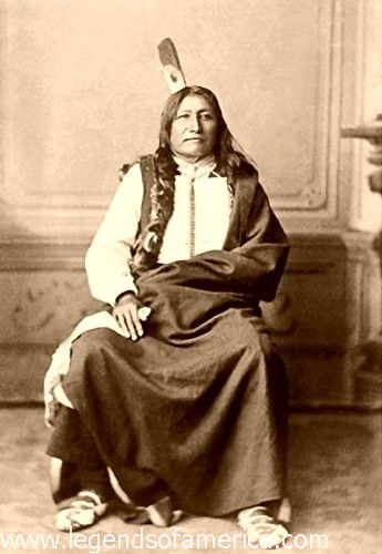 http://www.legendsofamerica.com/photos-nativeamerican/Spotted%20Tail-500.jpg