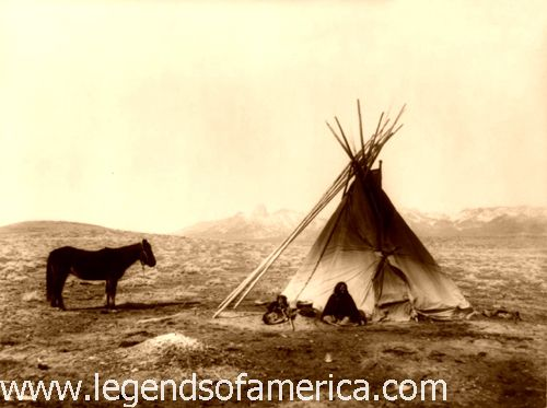 http://www.legendsofamerica.com/photos-nativeamerican/Ute%20Tipi,%201915-500.jpg