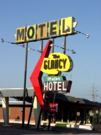 Glancy Motor Hotel in Clinton, Oklahoma