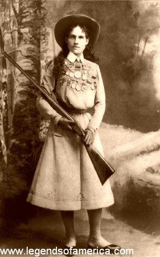 AnnieOakley1899-500.jpg