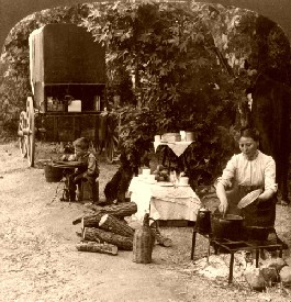 Camping in California, 1907