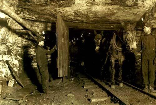Underground mining  courtesy Underground Mining Tools