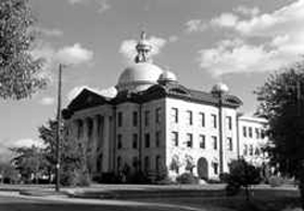 Fort Bend County Courthouse in the early 1900's