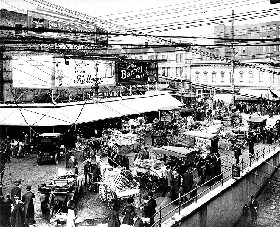 Pike Place Market in 1911