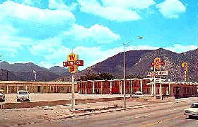 Whiting Brothers Motor Hotel in Flagstaff, Arizona