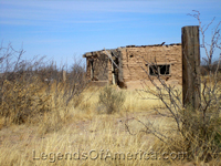 Hachita, New Mexico crumbling building 2008.