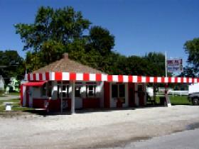 Big Al's Hot Dogs in Dwight, Illinois