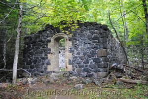 Central Mine Powder House Ruins, Kathy Weiser-Alexander 2014