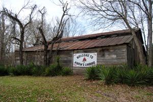 Original barn at the Bridgeport Plantation near Edwards, Mississippi