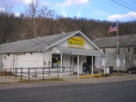 Sheldon's Market in Devil's Elbow, Missouri
