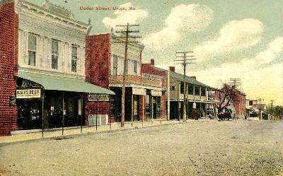 Cedar Street in Union Missouri