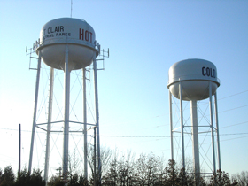 Hot and cold water towers in St. Clair, Missouri