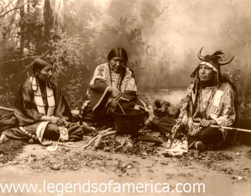 Sioux Life, 1899 by Heyn