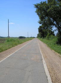 Section of 9 foot road on original Route 66 near Afton Oklahoma. Kathy Weiser.