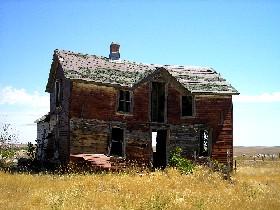 Crazy Bear's house in Okaton, South Dakota, July 2006, Kathy Weiser