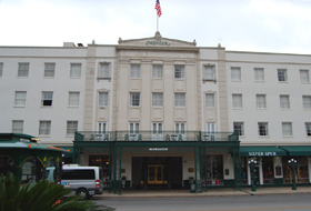Menger Hotel Today