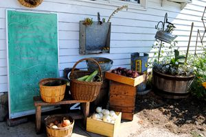 Amana Colonies Homestead - Henry's Village Market
