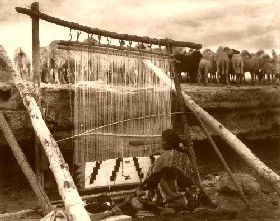 Navajo weaving, 1915, photo by William J. Carpenter