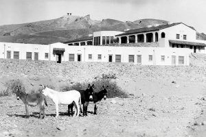 Furnace Creek Inn, 1928