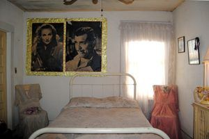 The room that Clark Gable and Carole Lombard allegedly stayed in by Kathy Weiser-Alexander.
