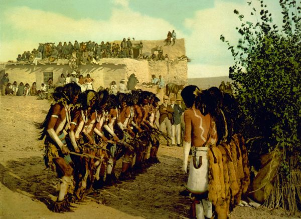 Antelope priests chanting at Kisi Moki snake dance, Hopi, Detroit Photographic, 1902