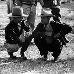 Cowboys talking, 1939, Lee Russell