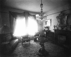 Parlor 1890