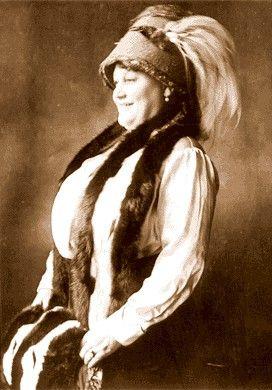 Dora DuFran
