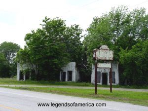 Old Auto Court in Afton, Oklahoma