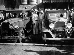 Scene in front of the Kansas City Union Station just moments after the  Kansas City Massacre,