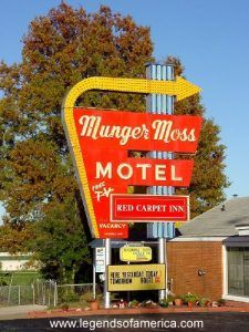 Munger Moss Hotel, Lebanon, Missouri
