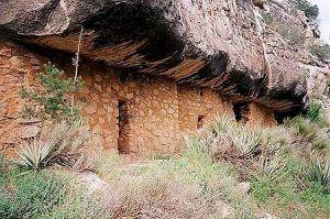 Walnut Canyon Indian Ruins