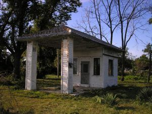 Standard Oil station east of Carthage, Miissouri
