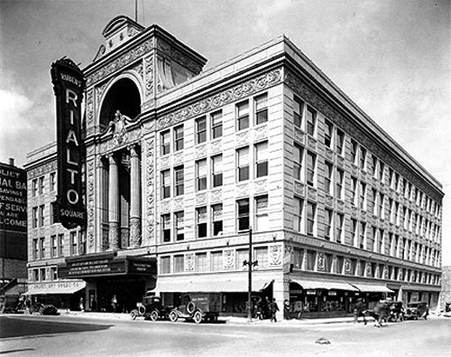 The historic Rialto Theatre in Joliet, IL, about the time of its opening.